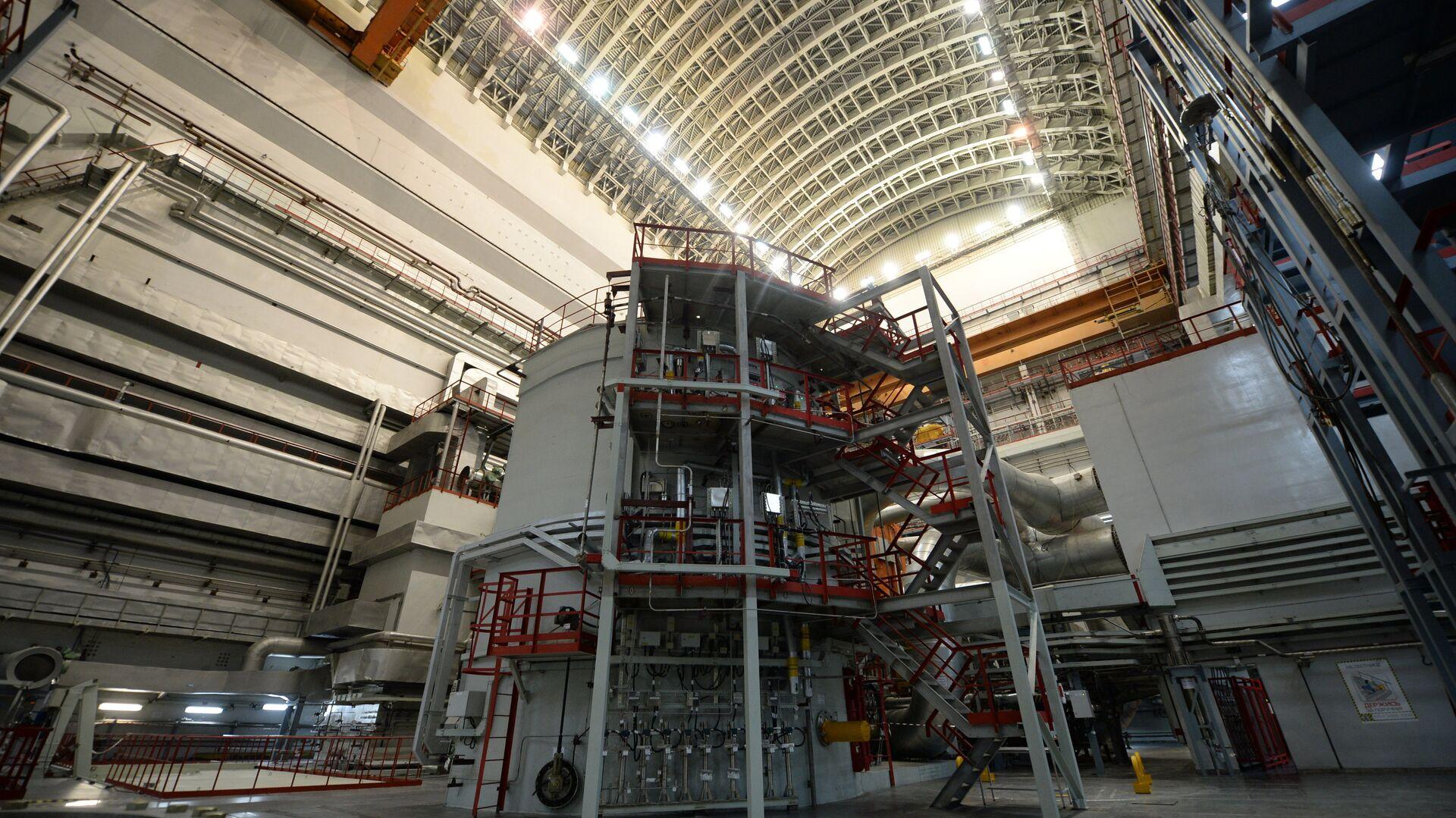 Una planta nuclear (imagen referencial) - Sputnik Mundo, 1920, 16.06.2021