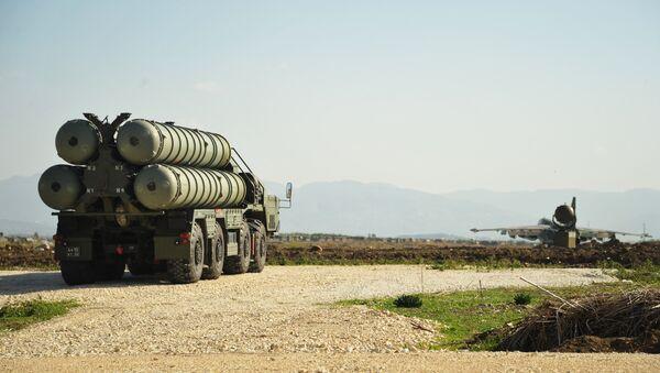 Sistema de lanzamiento de misiles S-400 Triumf - Sputnik Mundo
