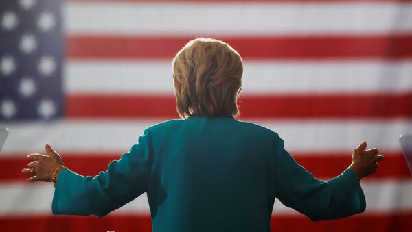 Democratic presidential nominee Hillary Clinton speaks at a rally at Truckee Meadows Community College in Reno, Nevada, August 25, 2016. - Sputnik Mundo