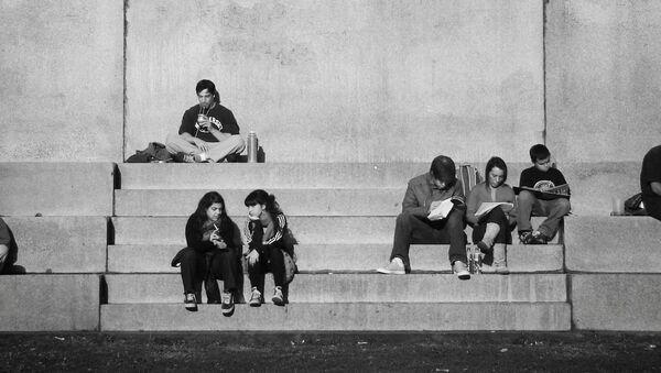 Jóvenes argentinos - Sputnik Mundo