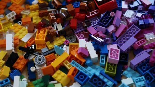 Lego - Sputnik Mundo
