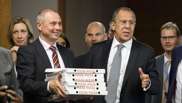 Pizza para los periodistas - Sputnik Mundo