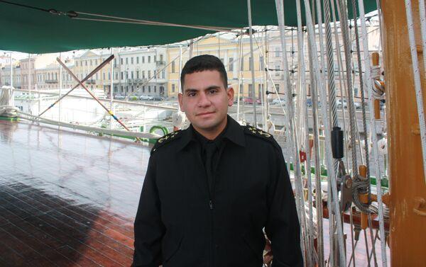 Alejandro Him, tripulante del buque Gloria - Sputnik Mundo
