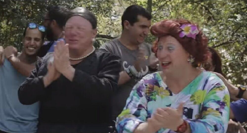 Carlos Vives, Shakira - La Bicicleta (PARODIA) - LOS MORANCOS (Screenshot)