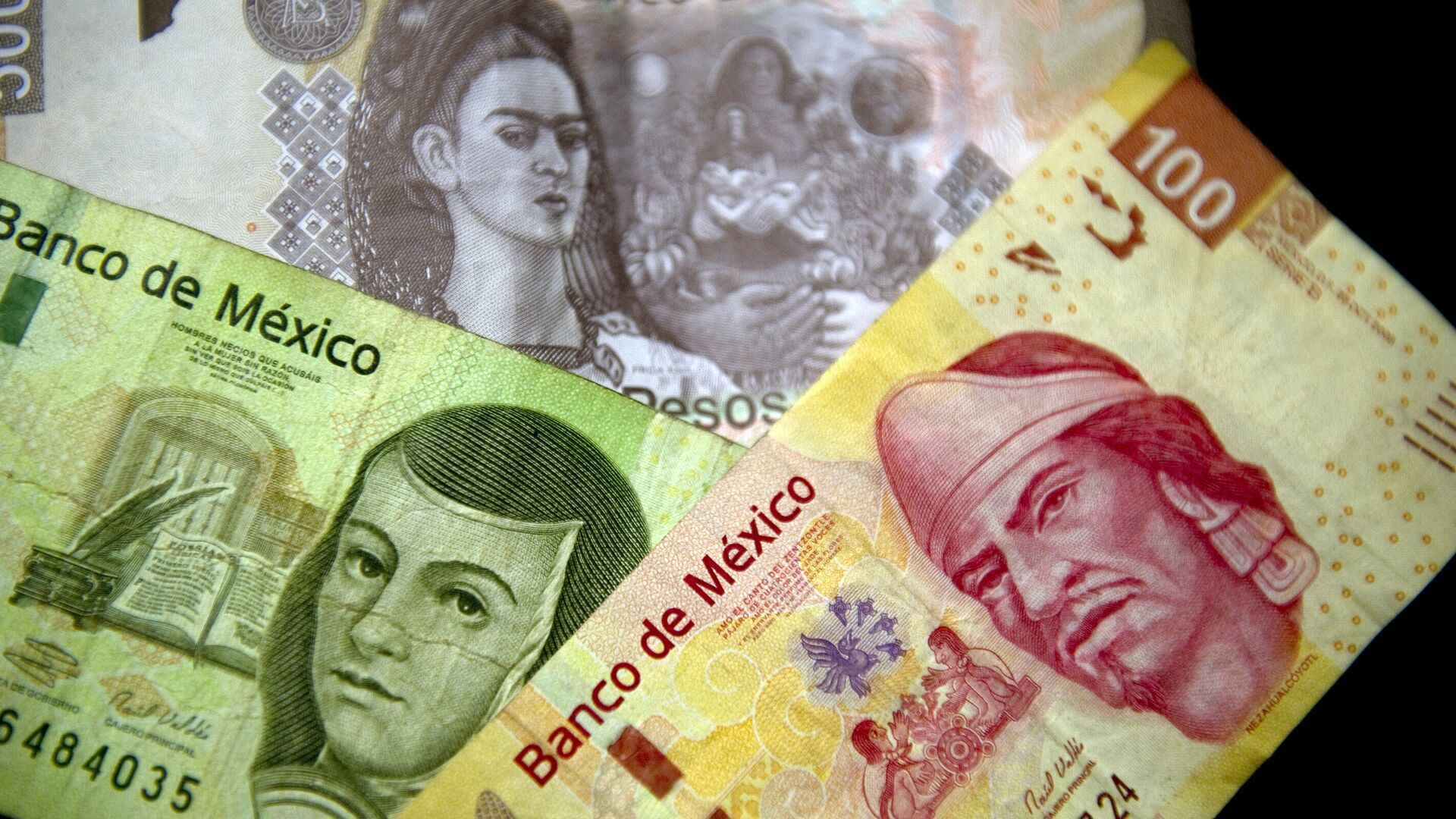 Picture of Mexican Peso notes of different denominations taken on December 27, 2011 in Mexico City - Sputnik Mundo, 1920, 03.09.2021