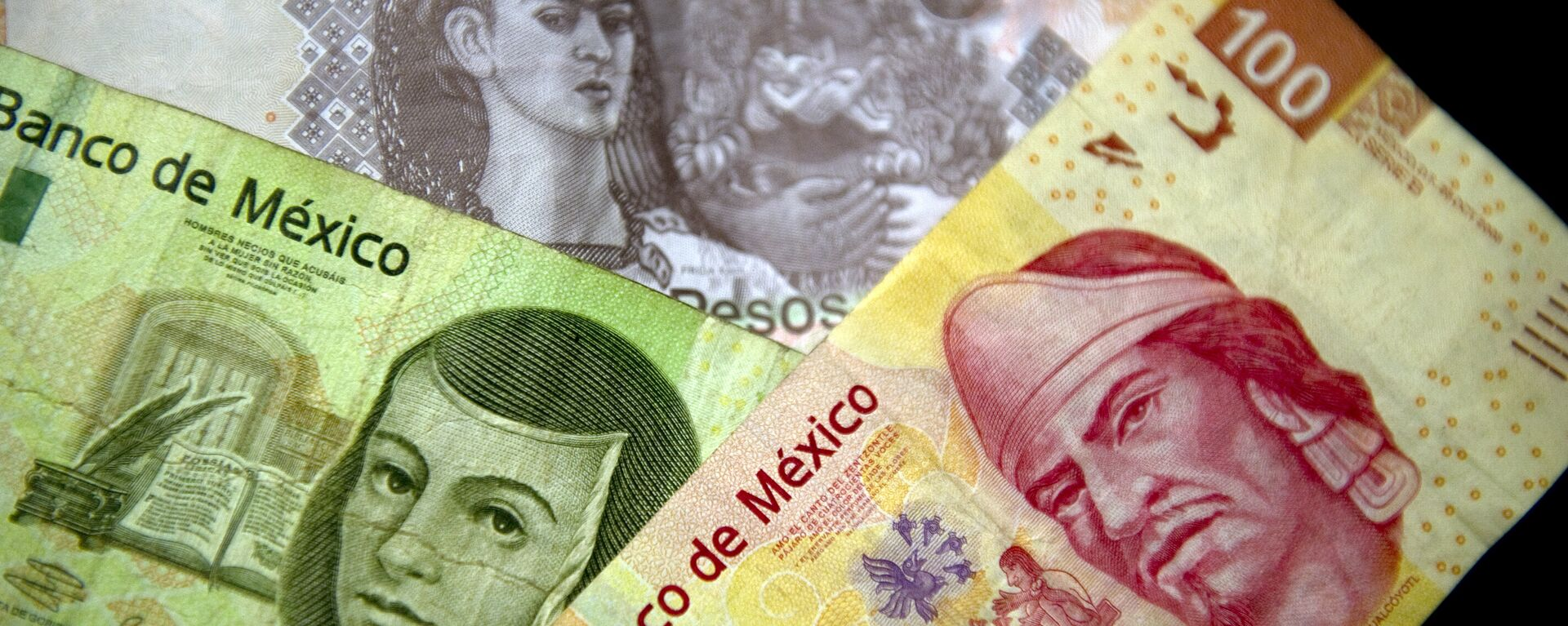 Picture of Mexican Peso notes of different denominations taken on December 27, 2011 in Mexico City - Sputnik Mundo, 1920, 03.05.2021