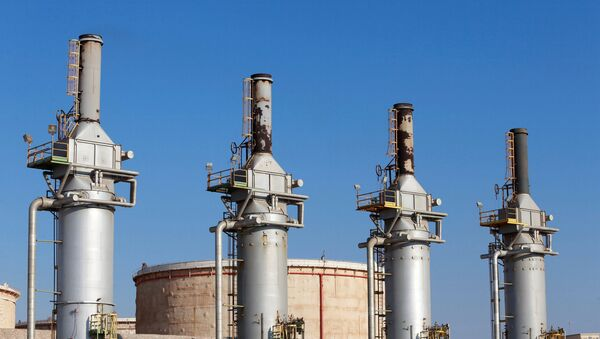 Terminal de petróleo en Zuweitina, Libia - Sputnik Mundo