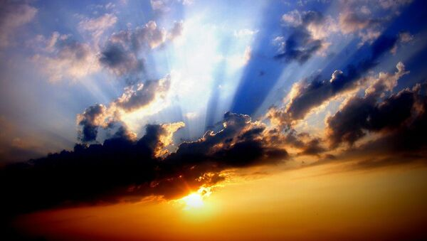Nubes en el cielo (imagen referencial) - Sputnik Mundo