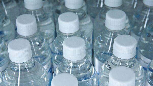 Botellas de agua - Sputnik Mundo