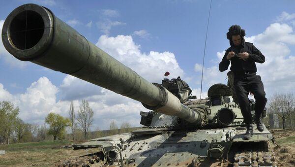 Maniobras militares en Ucrania (archivo) - Sputnik Mundo