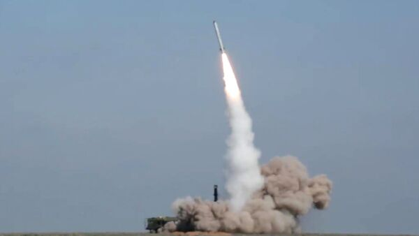 Lanzamiento del misil del complejo Iskander-M - Sputnik Mundo