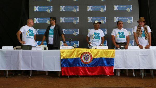 Décima Conferencia Guerrillera de las FARC en Colombia - Sputnik Mundo