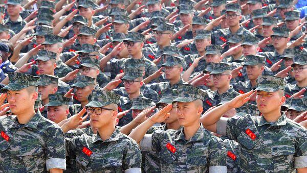 Los soldados de la Marina de Corea del Sur - Sputnik Mundo