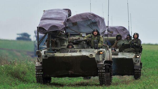 Los ejercicios de las Fuerzas Aerotransportadas de Rusia: marcha de 600 kilómetros - Sputnik Mundo