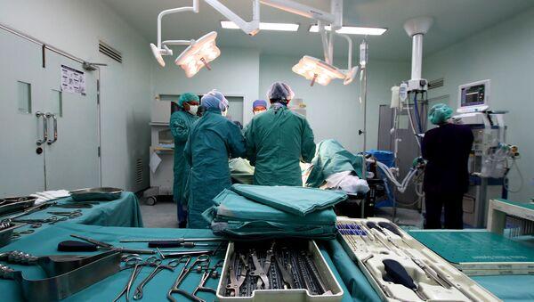 Durante una operación (imagen referencial) - Sputnik Mundo