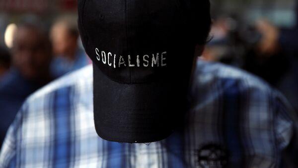 Un seguidor del PSOE - Sputnik Mundo