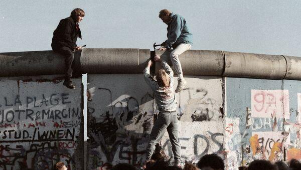 El muro de Berlín - Sputnik Mundo