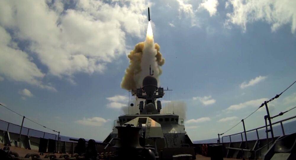 Lanzamiento de los misiles Kalibr