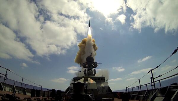 Lanzamiento de los misiles Kalibr (archivo) - Sputnik Mundo