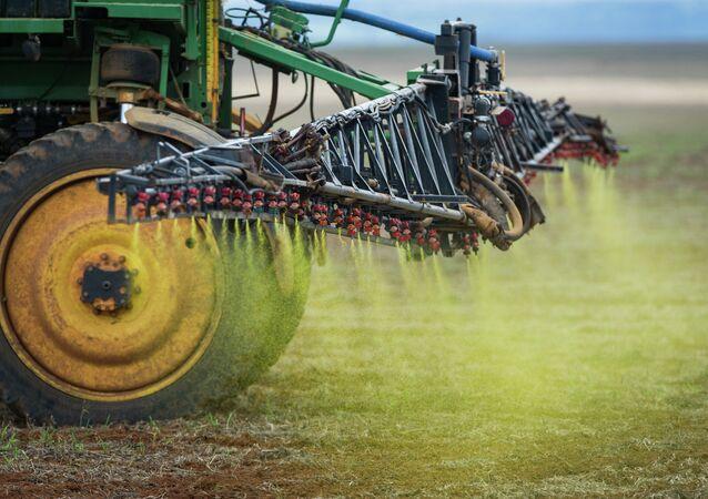 Aplicación de un herbicida