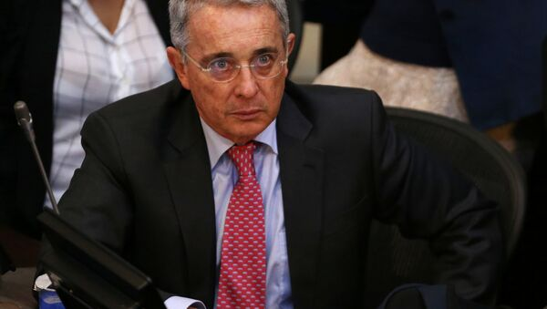 Senator Alvaro Uribe, Colombia's former president, attends a debate at the congress in Bogota - Sputnik Mundo