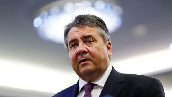 Sigmar Gabriel, ministro de Economía de Alemania, en Teherán - Sputnik Mundo