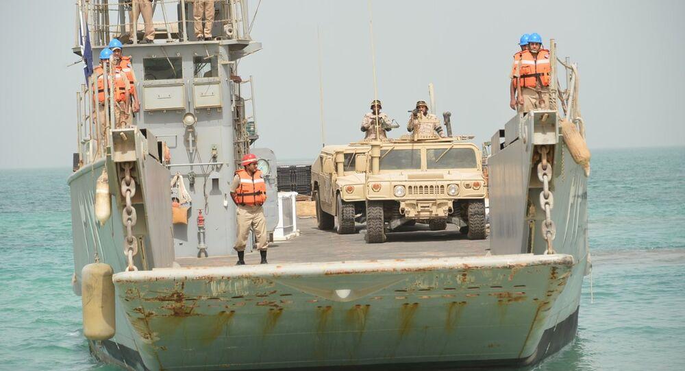 Ejercicios militares de la armada saudí Escudo del Golfo-1