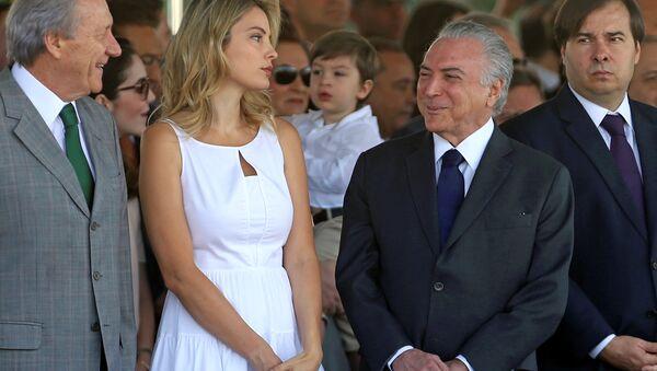 Presidente de Brasil Michel Temer y su esposa Marcela Temer - Sputnik Mundo