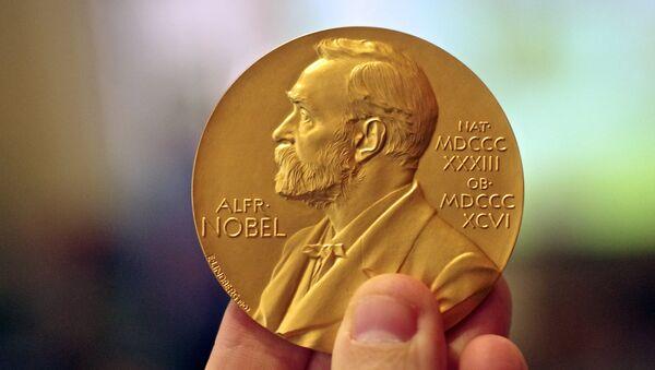 La medalla del premio Nobel - Sputnik Mundo