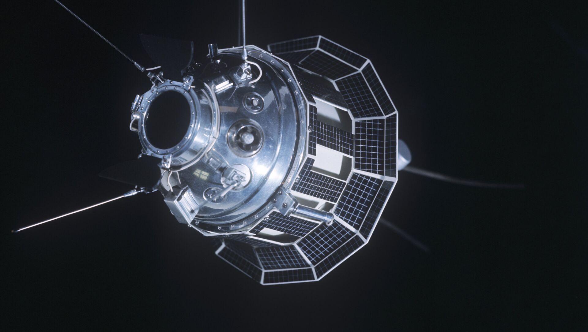Estación espacial Luna-3, una sonda espacial soviética - Sputnik Mundo, 1920, 25.01.2021
