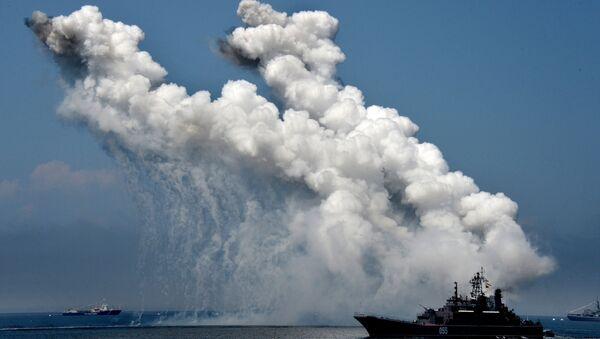 Un buque militar ruso (archivo) - Sputnik Mundo