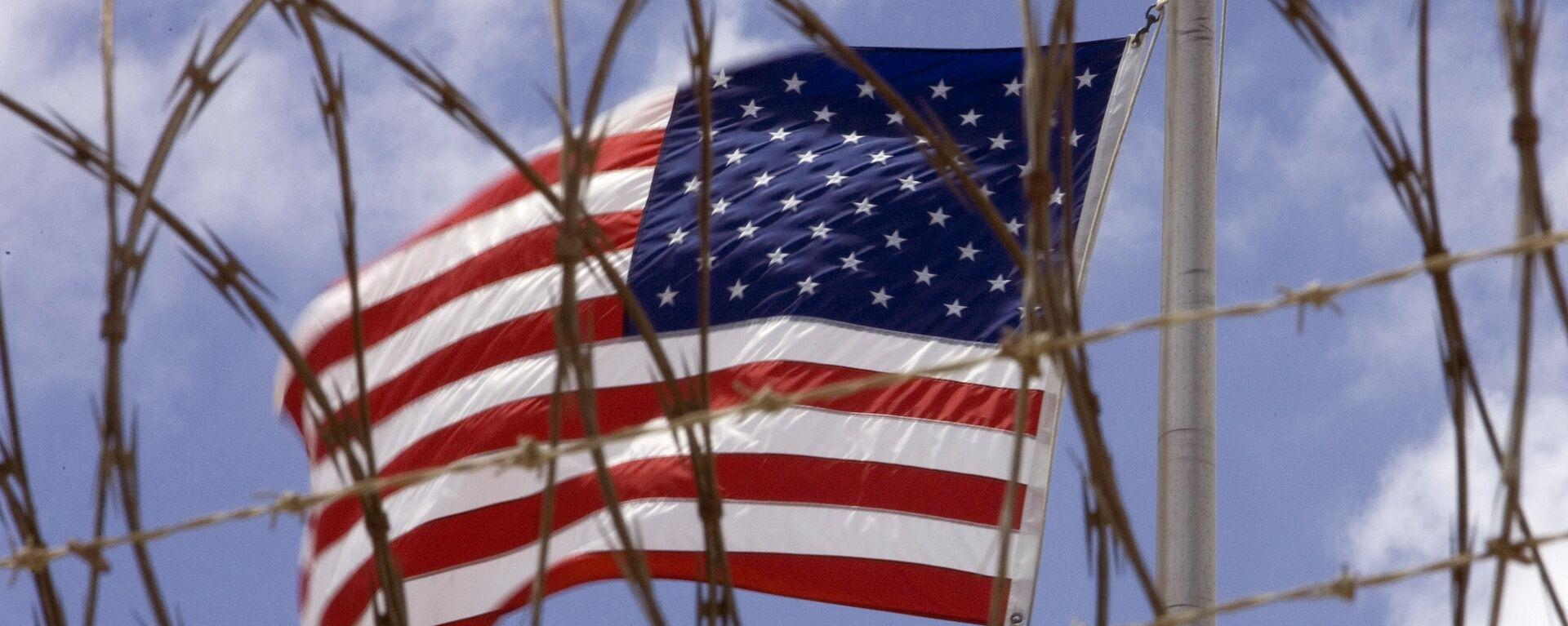 La bandera de EEUU en Guantánamo, Cuba - Sputnik Mundo, 1920, 26.04.2021