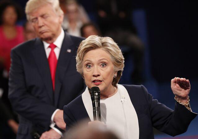 El presidente de EEUU, Donald Trump, y la exsecretaria de Estado, Hillary Clinton (archivo)