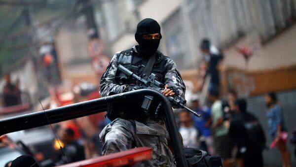 La policía en Río de Janeiro - Sputnik Mundo