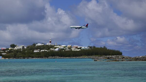 Un avión sobre las Bermudas - Sputnik Mundo
