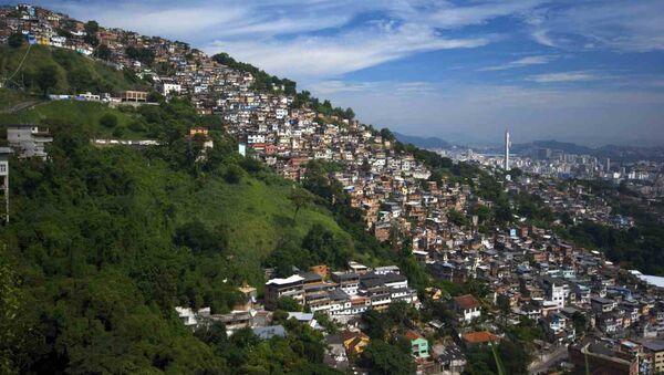 Una favela en Río de Janeiro - Sputnik Mundo