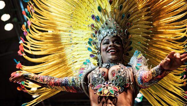 Larissa Loranne Rosa dos Santos Reis, candidata al título de la Reina de Samba - Sputnik Mundo