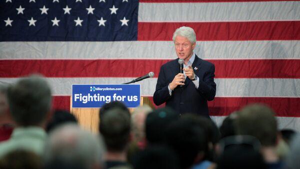 Bill Clinton - Sputnik Mundo