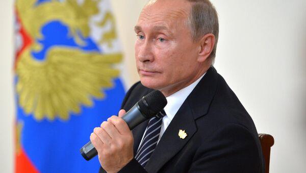 El presidente de Rusia, Vladimir Putin - Sputnik Mundo