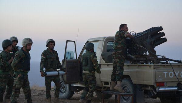 Los peshmerga, ubicados en el este de Mosul, atacan las posiciones de Daesh - Sputnik Mundo