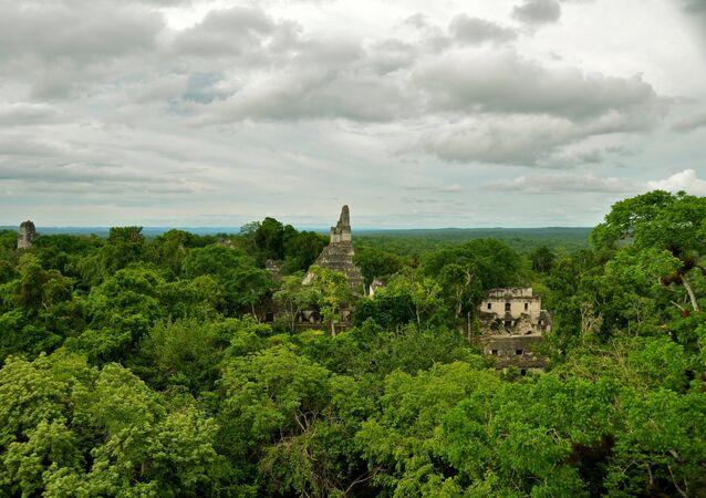 Ruínas Mayas en Guatemala (archivo)