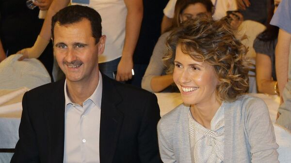 Syrian President Bashar Assad and his wife Asma (File) - Sputnik Mundo
