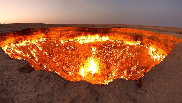Pozo de Darvaza, Turkmenistán - Sputnik Mundo