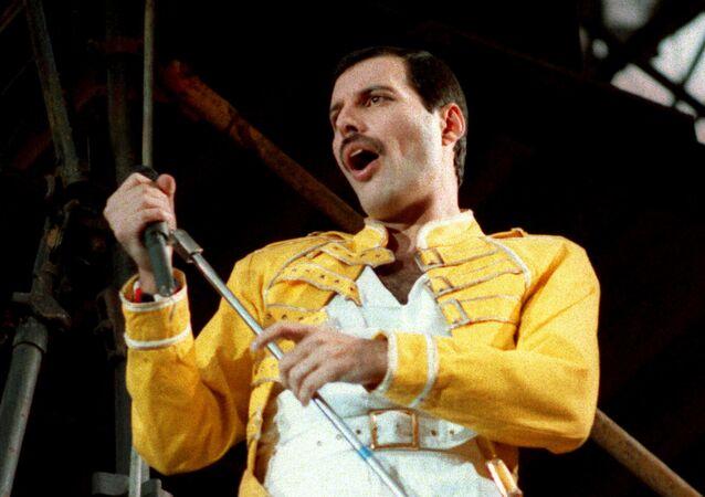 Freddie Mercury, vocalista de la banda de rock Queen (archivo)