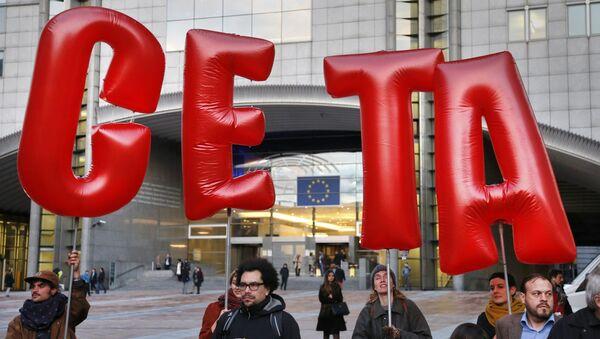 Protesta contra el CETA (archivo) - Sputnik Mundo