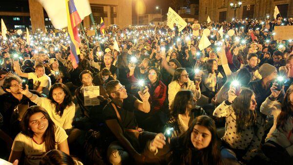 Partidarios del acuerdo de paz con las FARC - Sputnik Mundo