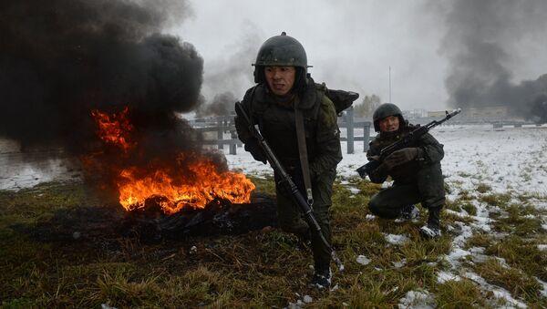 Los soldados de las divisiones especiales del Servicio Federal de la Guardia Nacional de Rusia - Sputnik Mundo