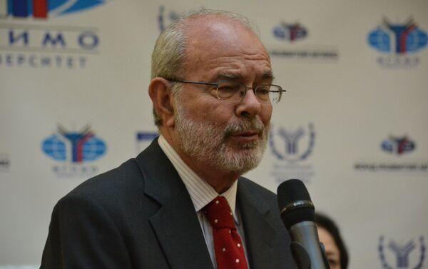 El embajador Alfonso López Caballero - Sputnik Mundo