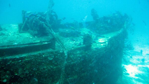 Un barco hundido - Sputnik Mundo
