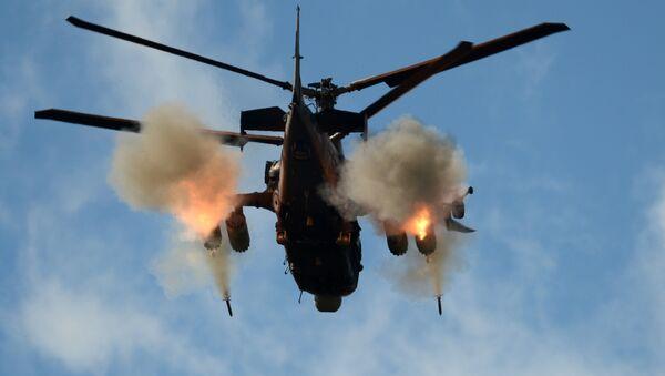 Un helicóptero ruso Ka-52 (archivo) - Sputnik Mundo
